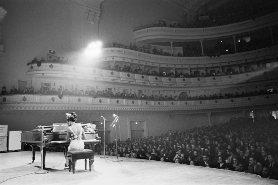 alfred wertheimer In concert at Carnegie Hall in New York City. January 1965.