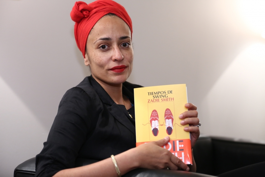 tiempos de swing zadie smith