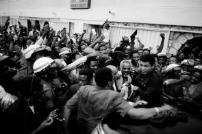ZAIRE. Kinshasa. ALI-FOREMAN Boxing Fight. ALI is mobbed by his supporters. 1974.
